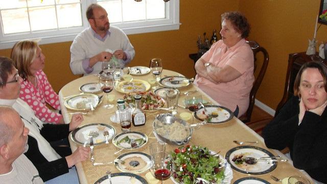 blog - family dinner